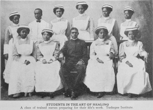 Tuskegee Nursing Students 1917